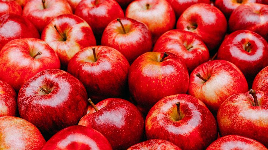 فروش سیب ارومیه در بازار تهران