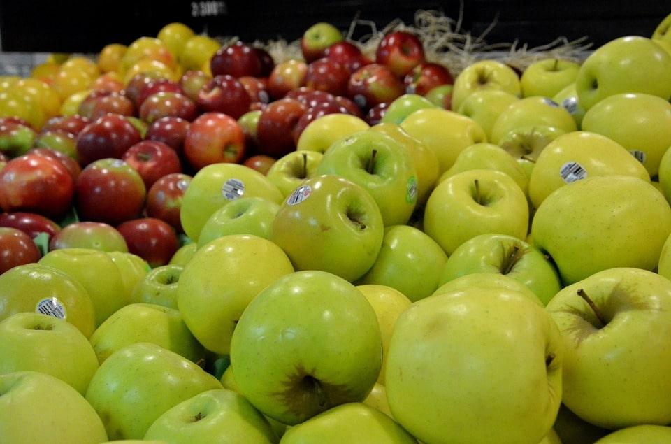 خرید اینترنتی بهترین سیب لبنانی اشنویه